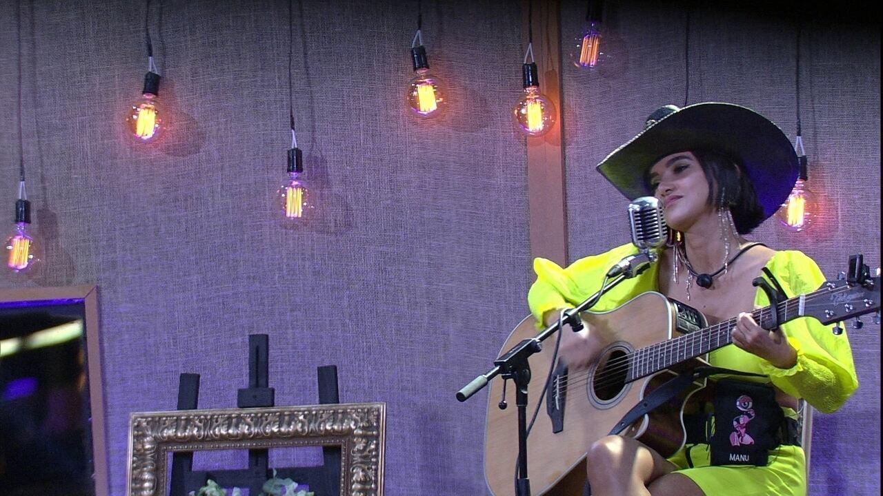 Manu canta música autoral na Festa da Líder