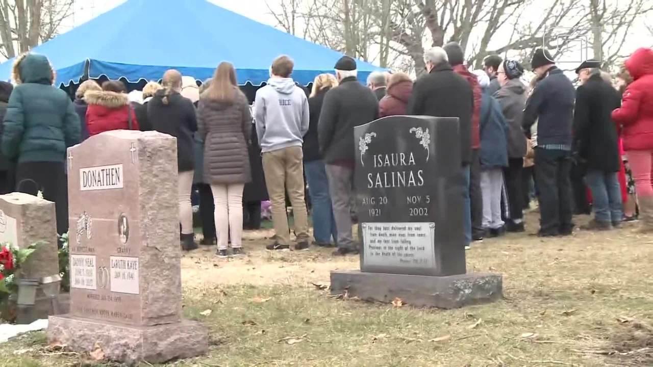 Mais de 2 mil fetos humanos achados em casa de médico são enterrados nos EUA