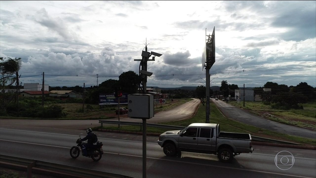 Falhas de radares invalidam 70% das multas de trânsito, afirma CGU