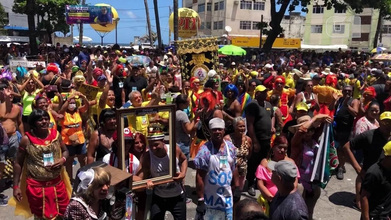 Virgens do Bairro novo desfilam criatividade e ousadia em 67º desfile