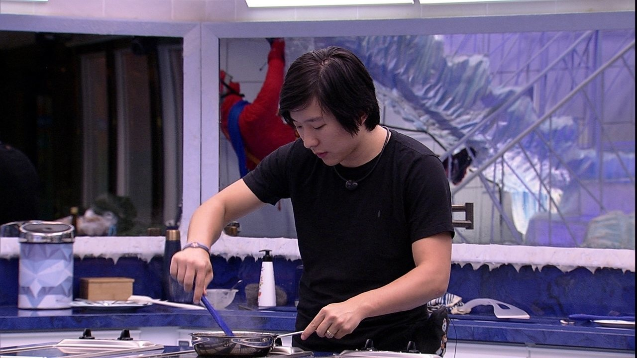Enquanto brothers dormem, Pyong prepara refeição