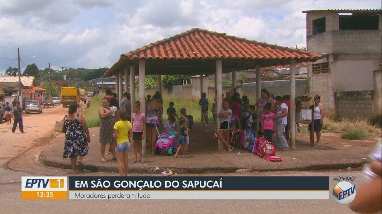 Chuvas fizeram com que alguns moradores perdessem tudo em São Gonçalo do Sapucaí (MG)