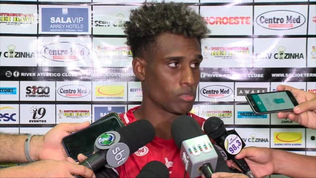 Érico Jr lamenta derrota do River-PI e revela tristeza por situação do time no Piauiense