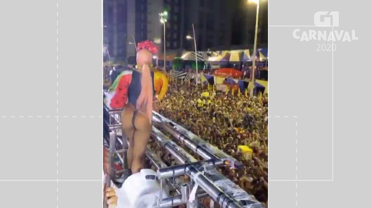 Alinne Rosa posta vídeo usando fio dental no terceiro dia do carnaval de Salvador