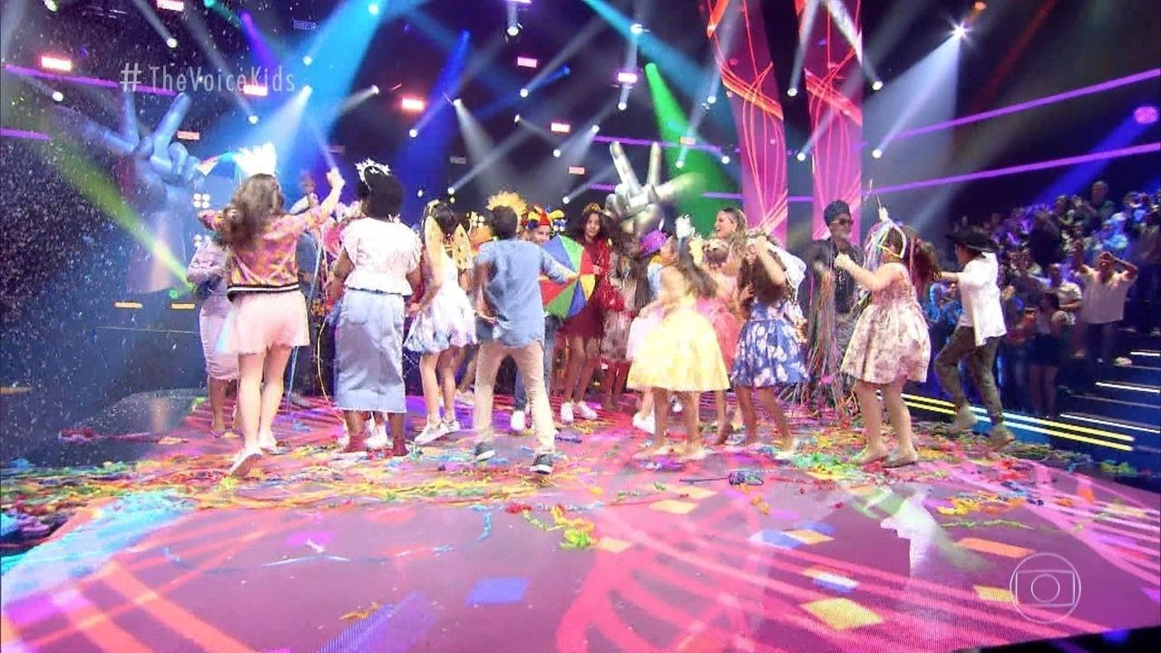 Bailinho de Carnaval toma conta do palco The Voice Kids