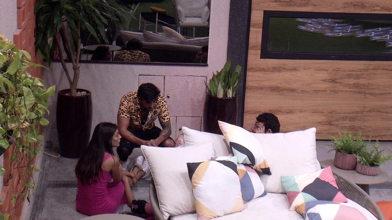 Mari questiona saída de Bianca: 'Você acha que essa frase que fez ele ir?'