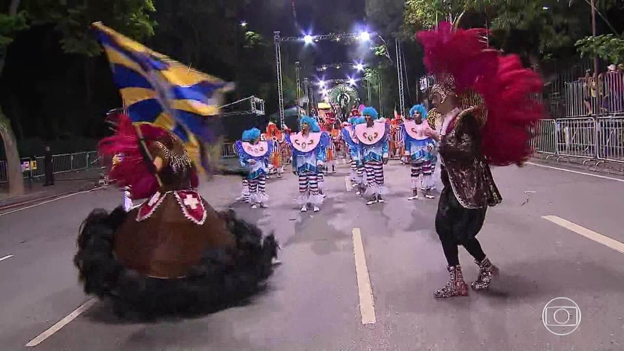 Confira os melhores momentos do desfile da Cidade Jardim e da Estrela do Vale