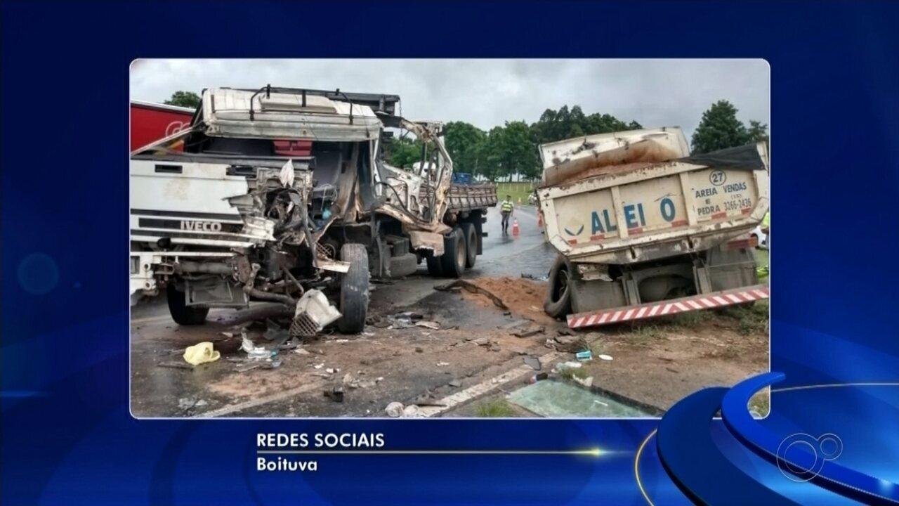 Acidente entre caminhões deixa feridos na Rodovia Castello Branco em Boituva
