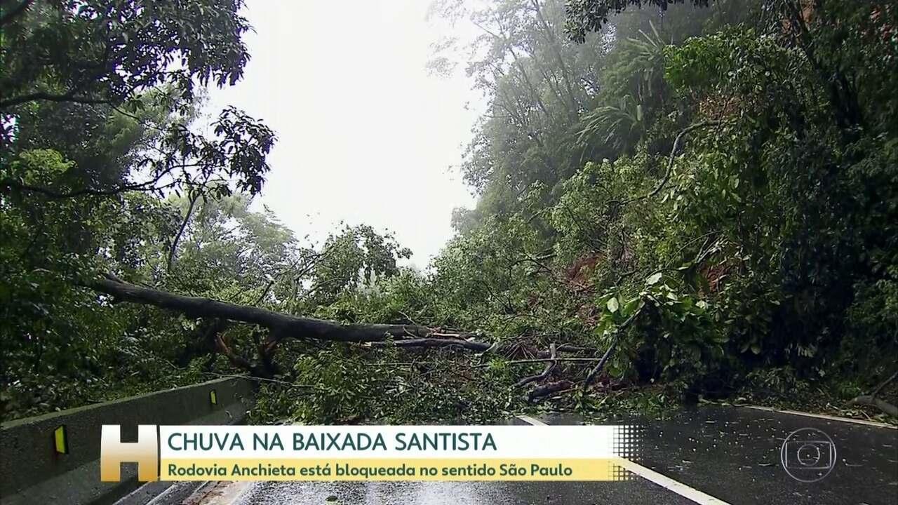 Rodovia Anchieta está bloqueada no sentido São Paulo