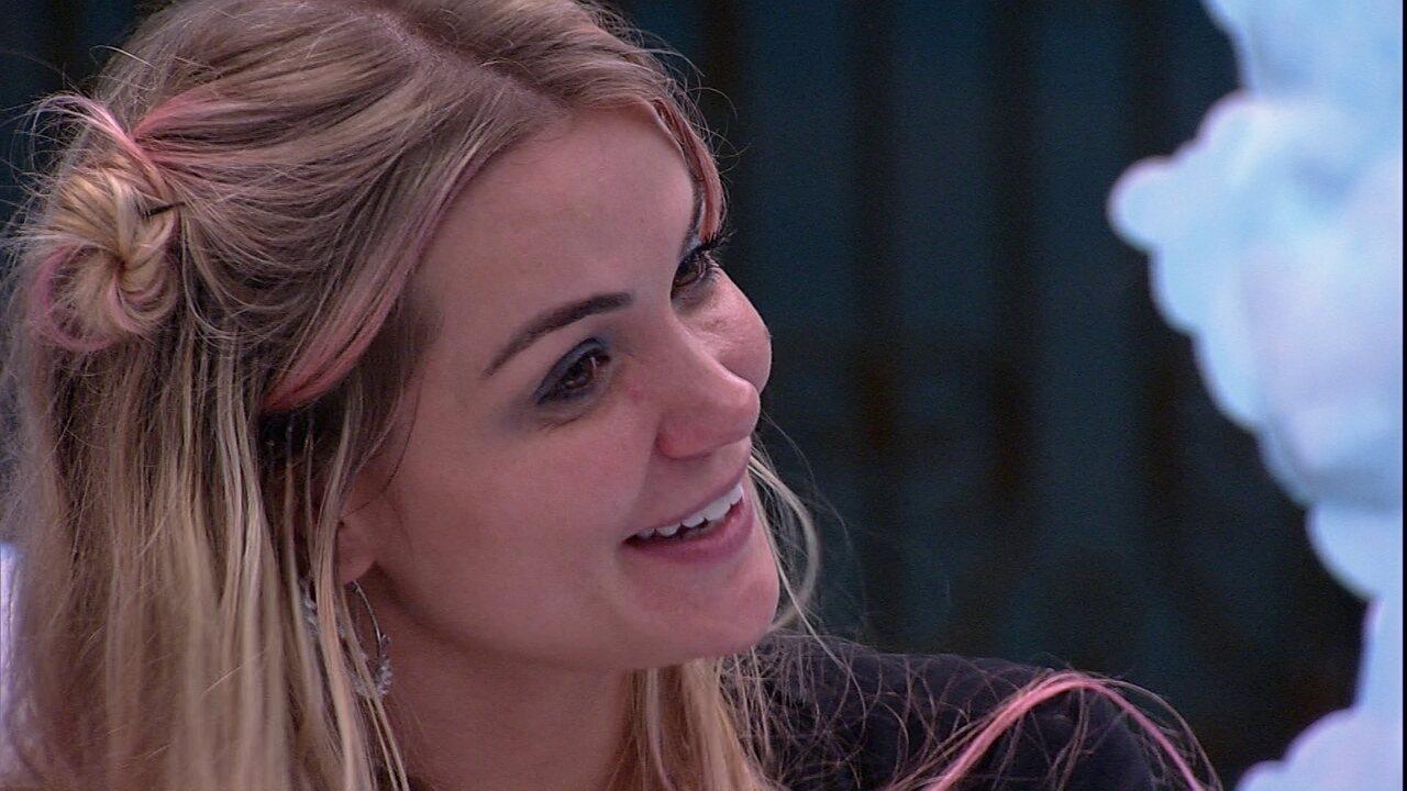 Marcela diz que volta a pensar em voto no Felipe: 'Chega da gente não poder ser assertivas