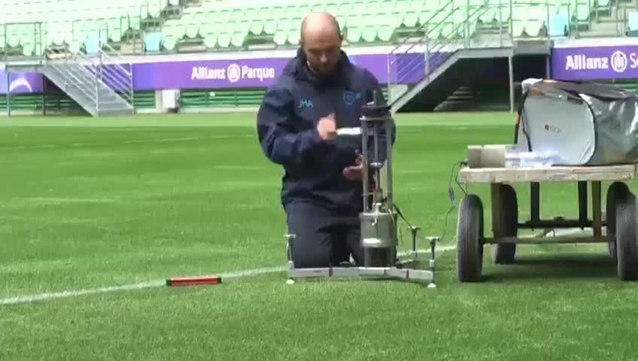 """Testes da Fifa na arena do Palmeiras: profundidade do """"infil"""""""