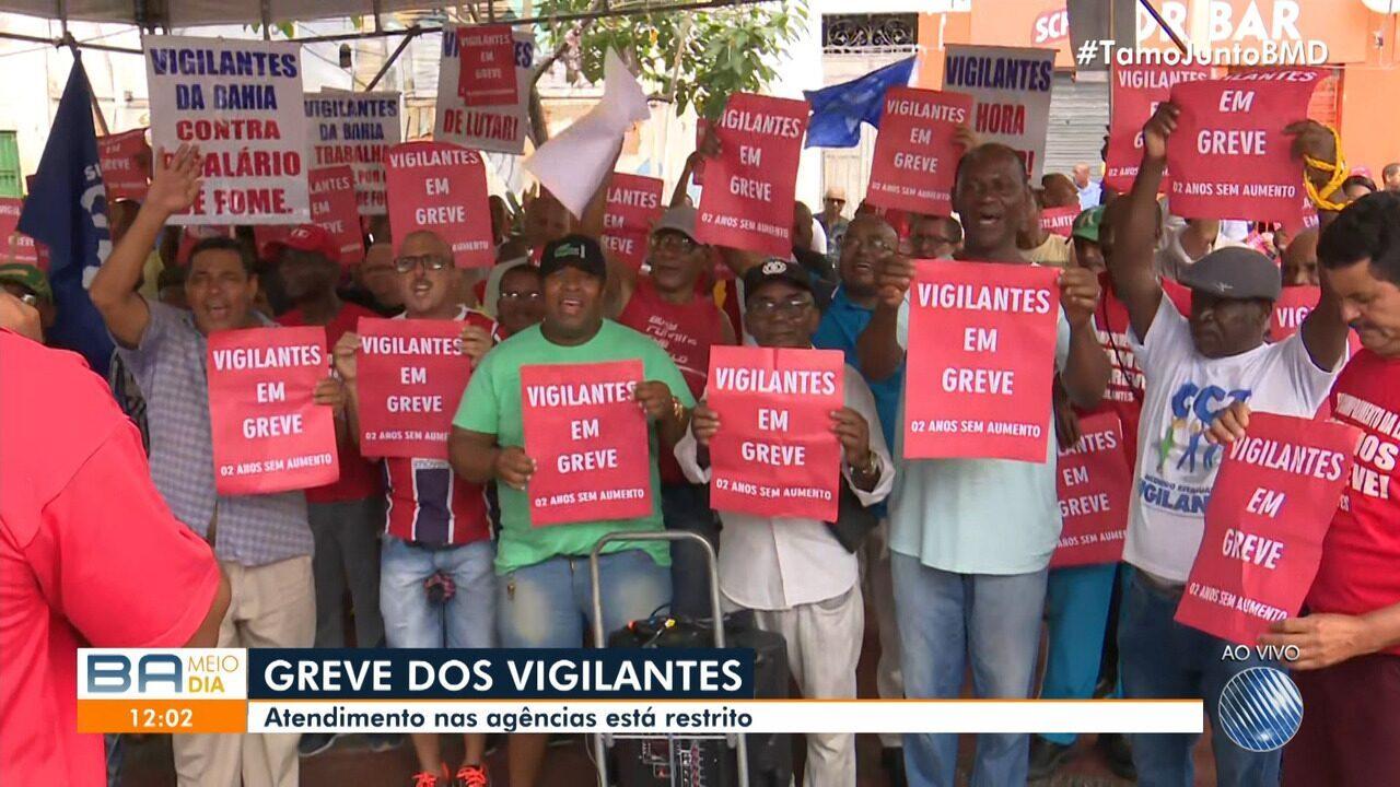 Vigilantes entram em greve na Bahia e agências bancárias suspendem serviços parcialmente