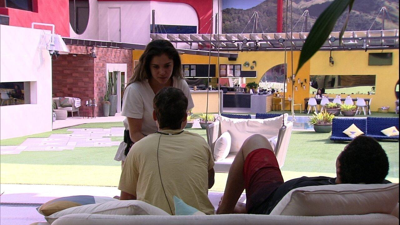 Gizelly diz a Felipe: 'O que você está fazendo comigo que não tenho mais raiva de você?'