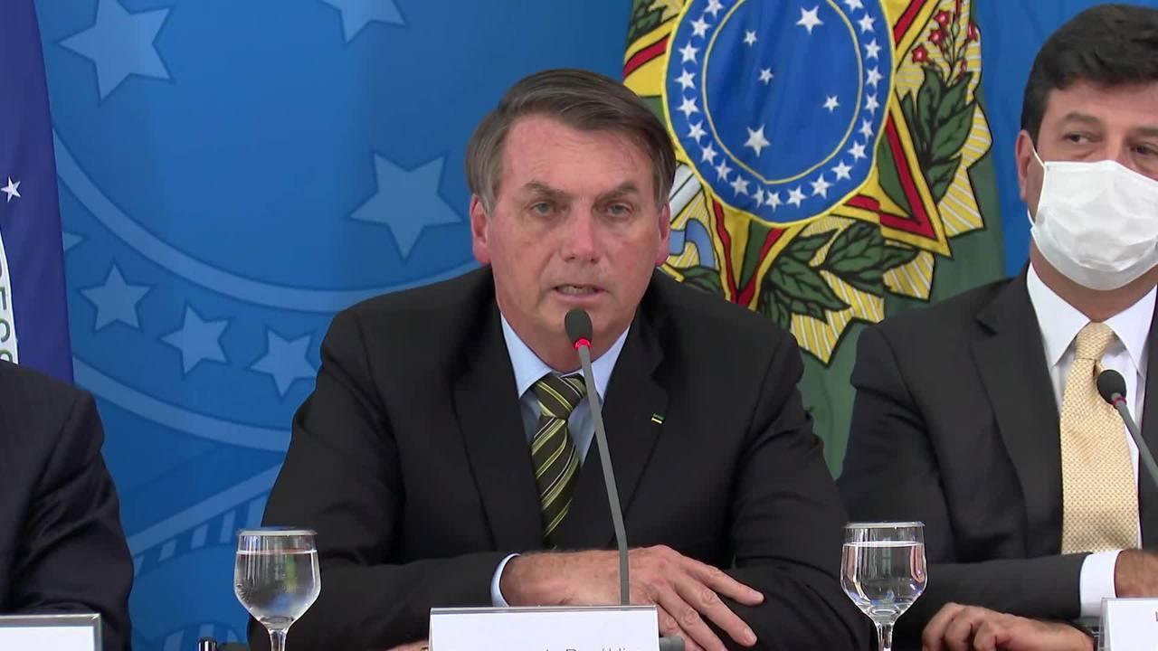 Bolsonaro sobre o coronavírus: 'Teremos dias difíceis e duros pela frente'