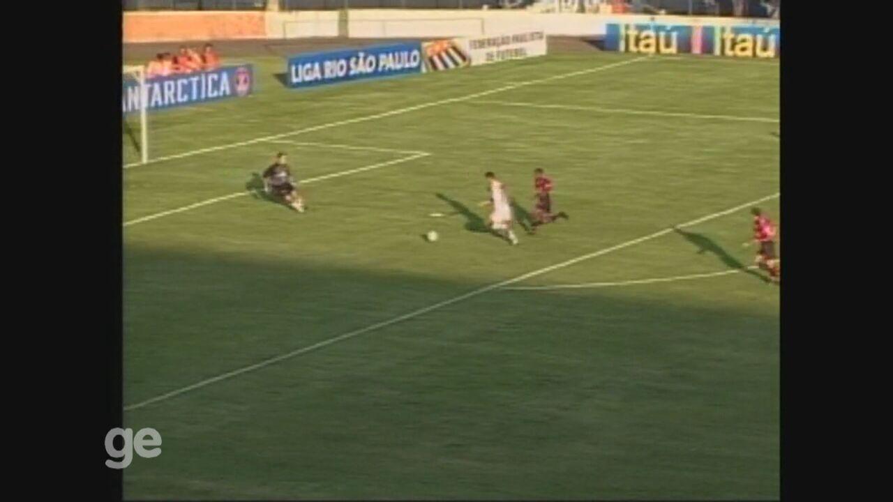 Washington marca duas vezes em empate em 3 a 3 da Ponte Preta com o Flamengo