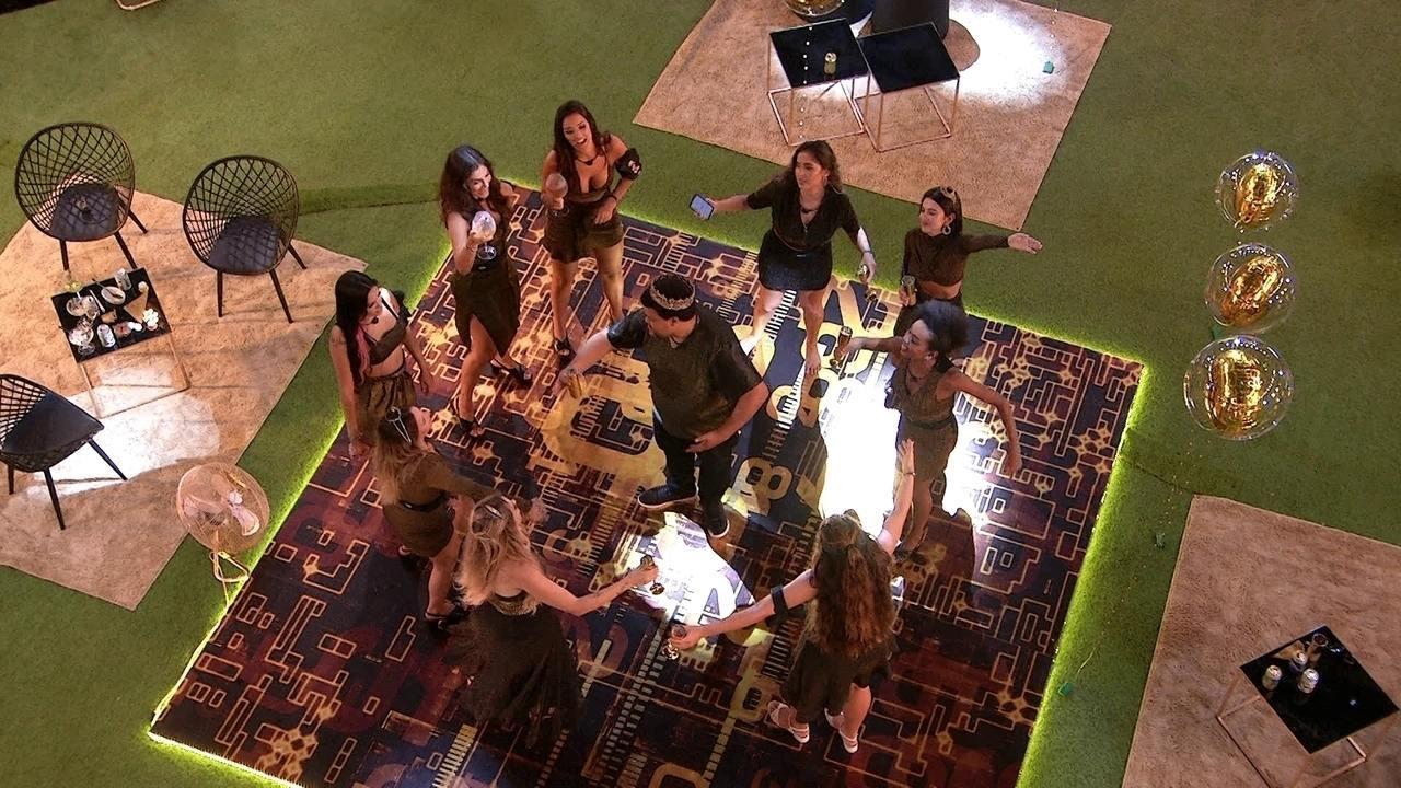 Sisters chamam Babu para dançar sucesso de Martinho da Vila