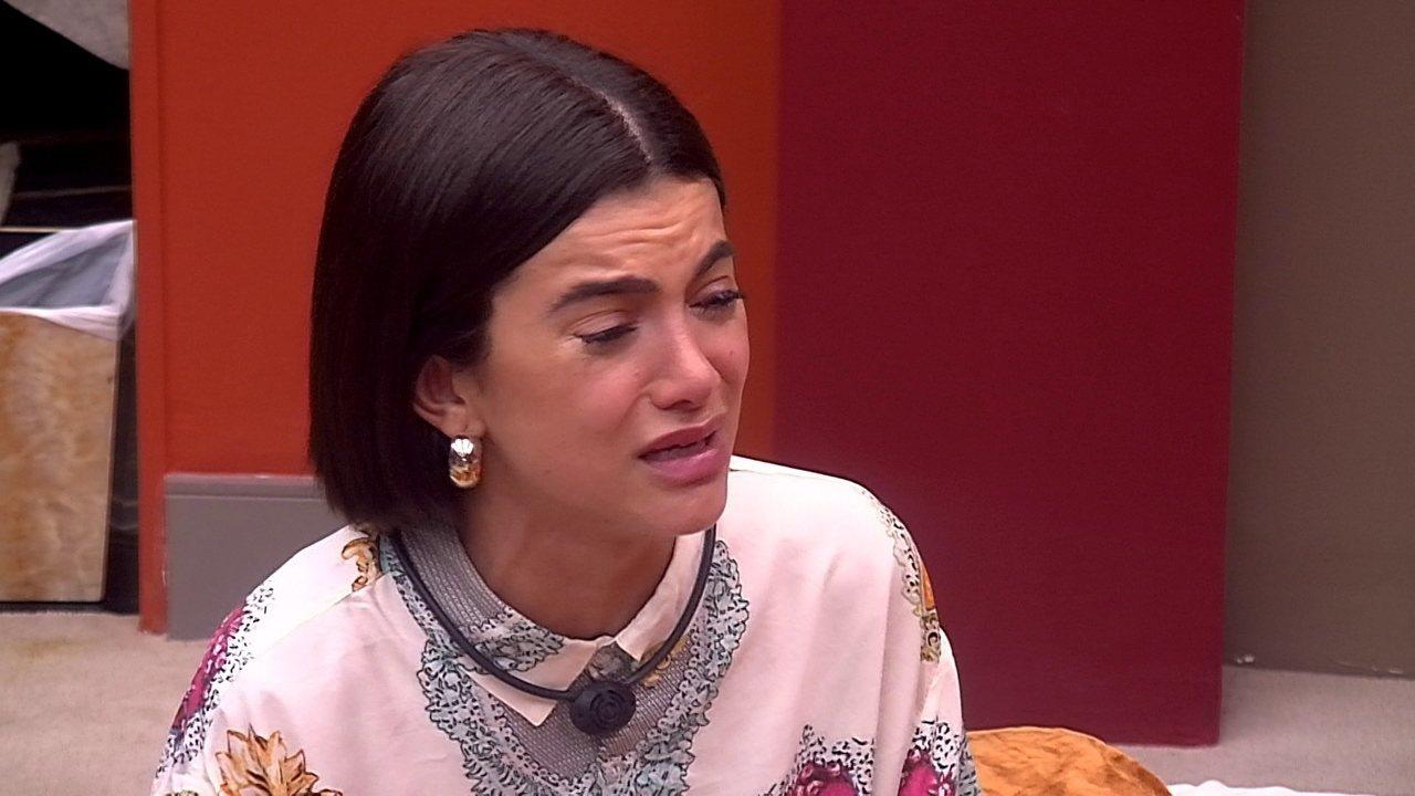 Depois de falar com sister, Manu chora e desabafa: 'Não entendi essa conversa'