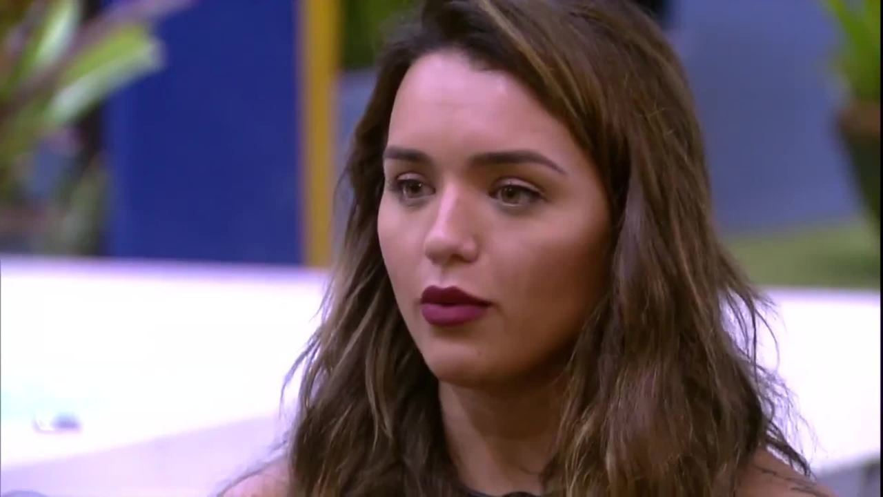 Rafa explica voto em Marcela