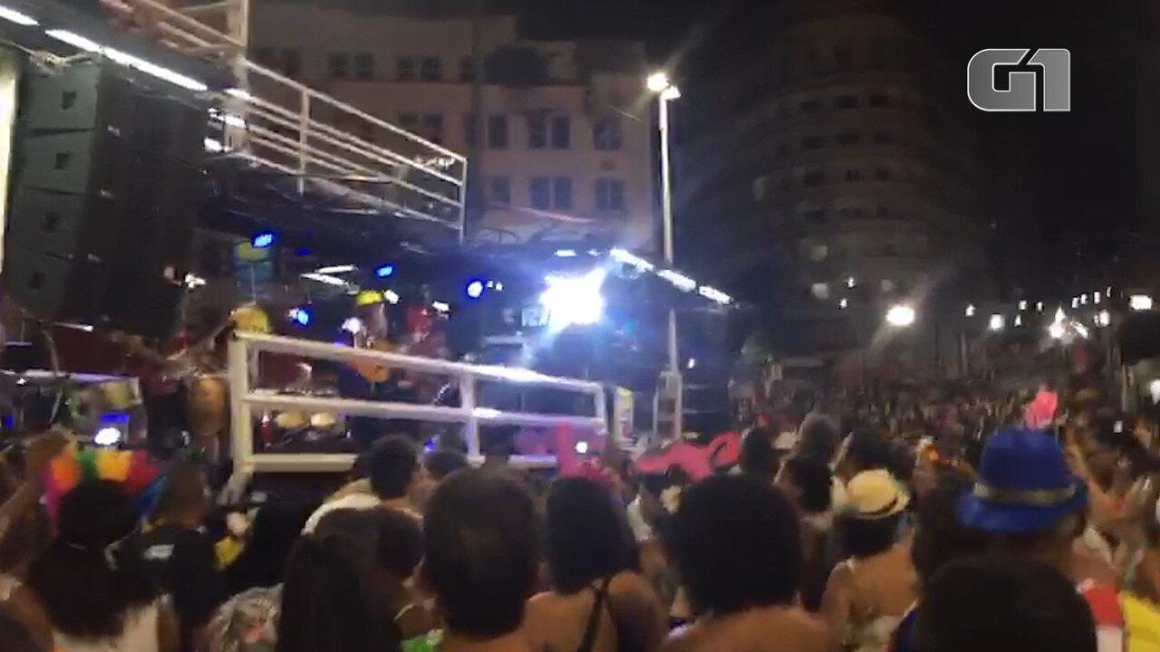 Veja trecho da apresentação do cantor Moraes Moreira no carnaval de Salvador 2020