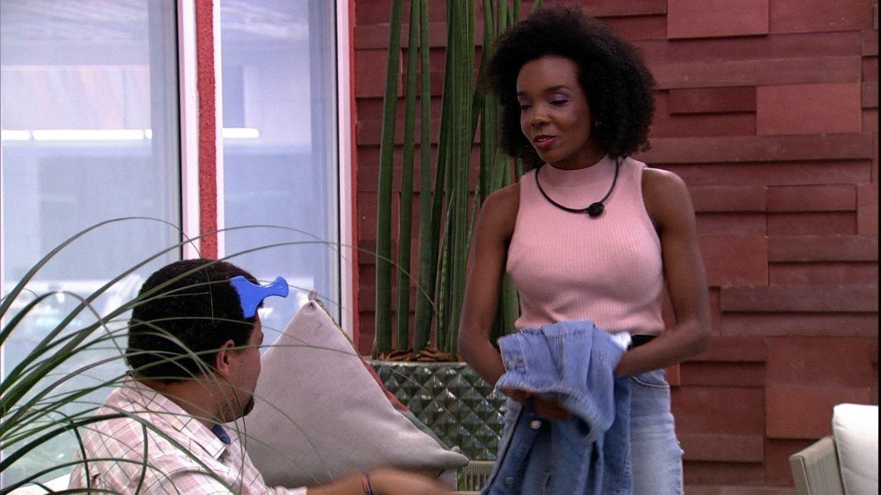 Após eliminação de Gizelly, Thelma afirma para Babu: 'Estou muito aliviada mesmo'