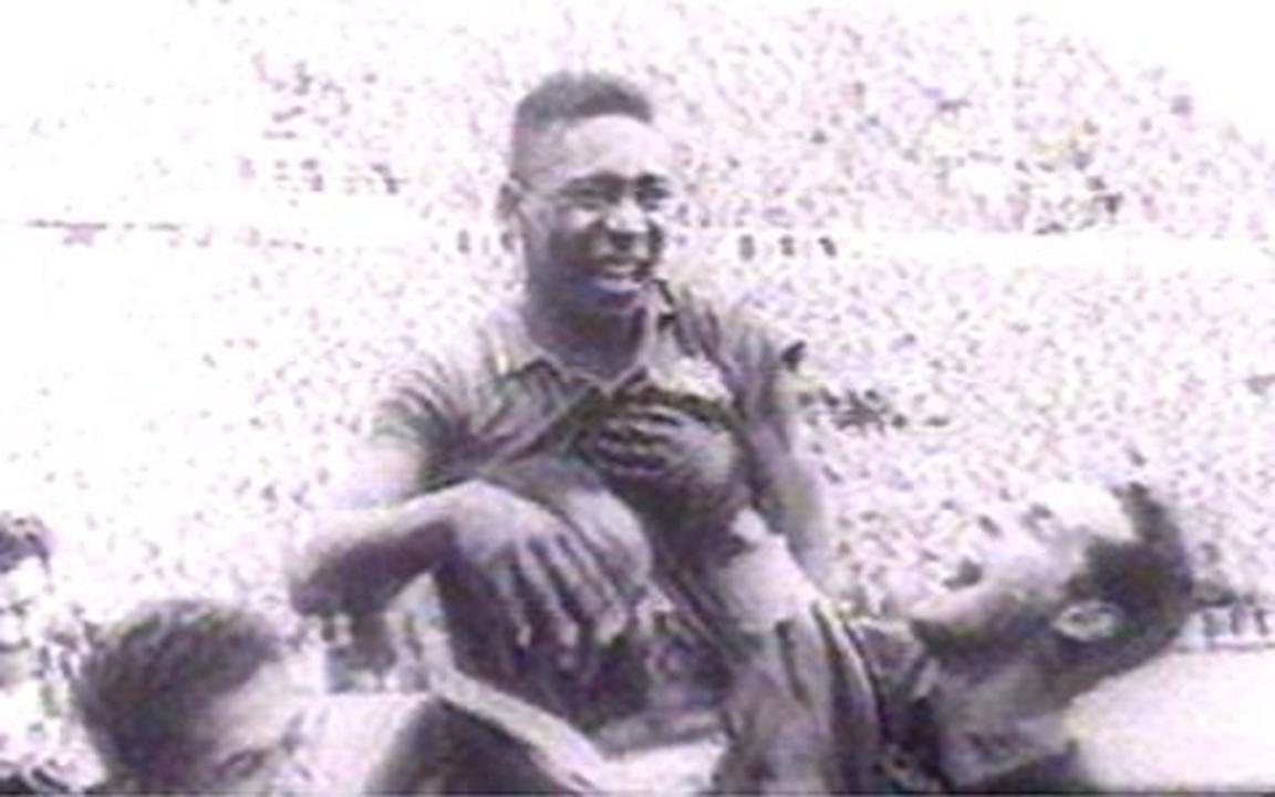 Pelé conta sua história até a Copa de 1958