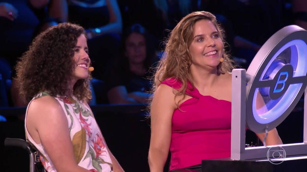 Carla e Mariana vão ao 'The Wall' em busca de recursos para a prática de Street Cadeirante
