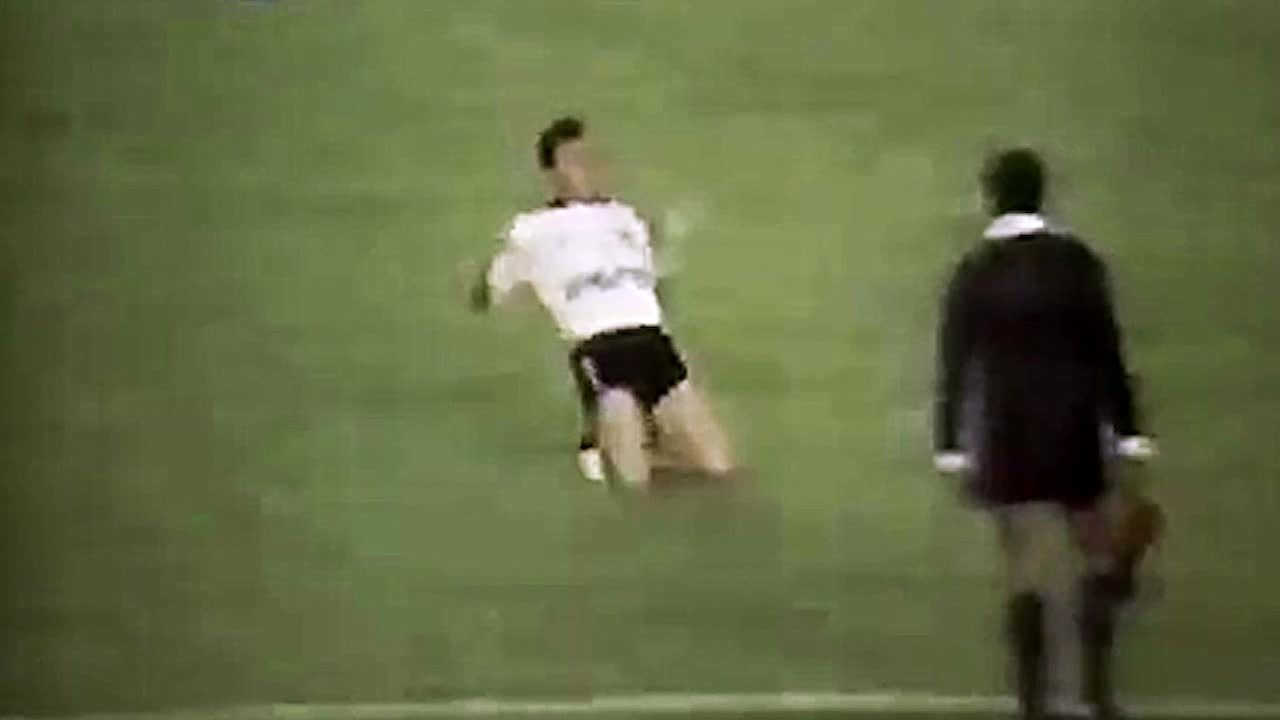 Relembre golaço de Neto pelo Corinthians
