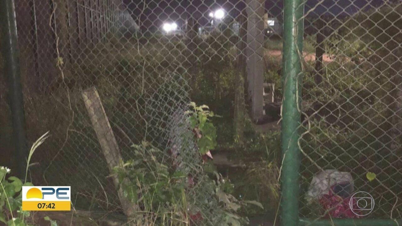 Bandidos armados tentam fazer resgate de detento em Itaquitinga