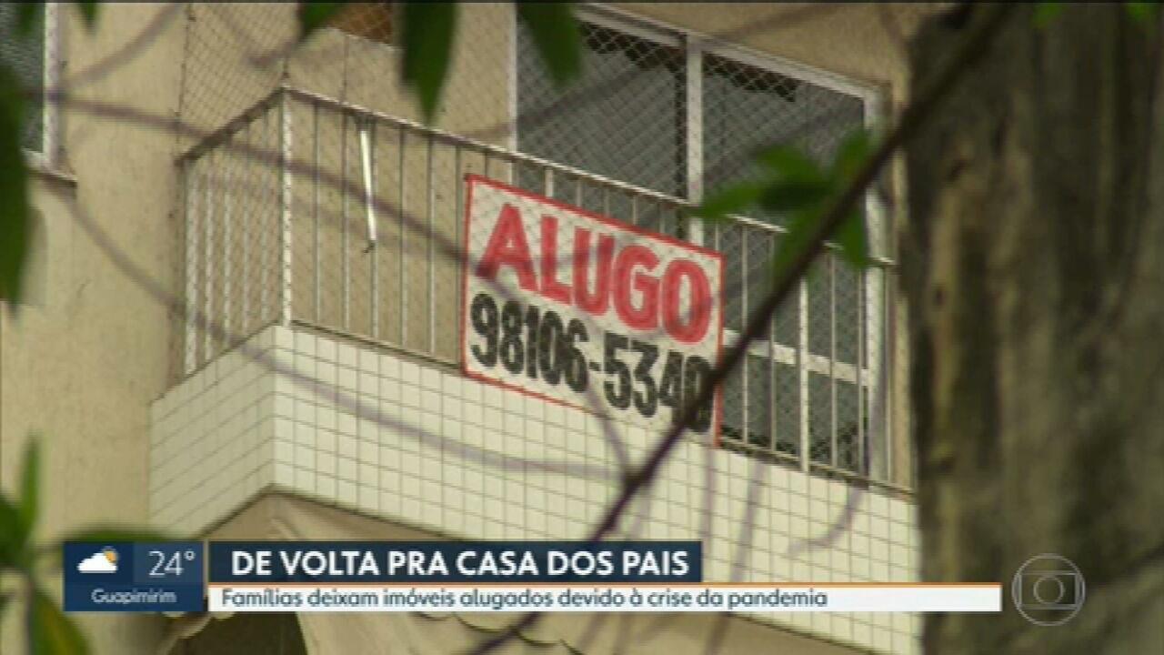 Famílias deixam imóveis alugados devido à crise da pandemia