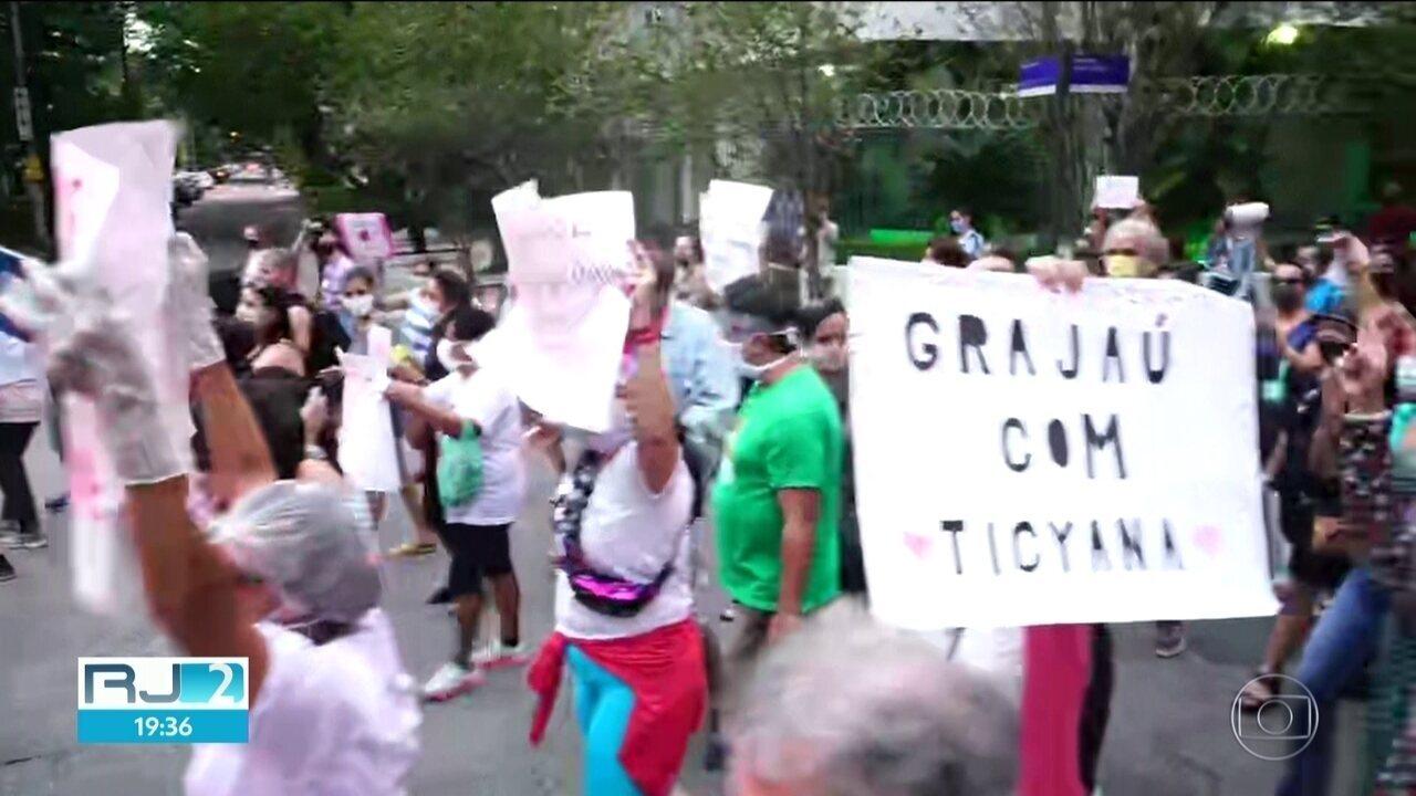 Moradores do Grajaú fazem manifestação contra agressão de médica