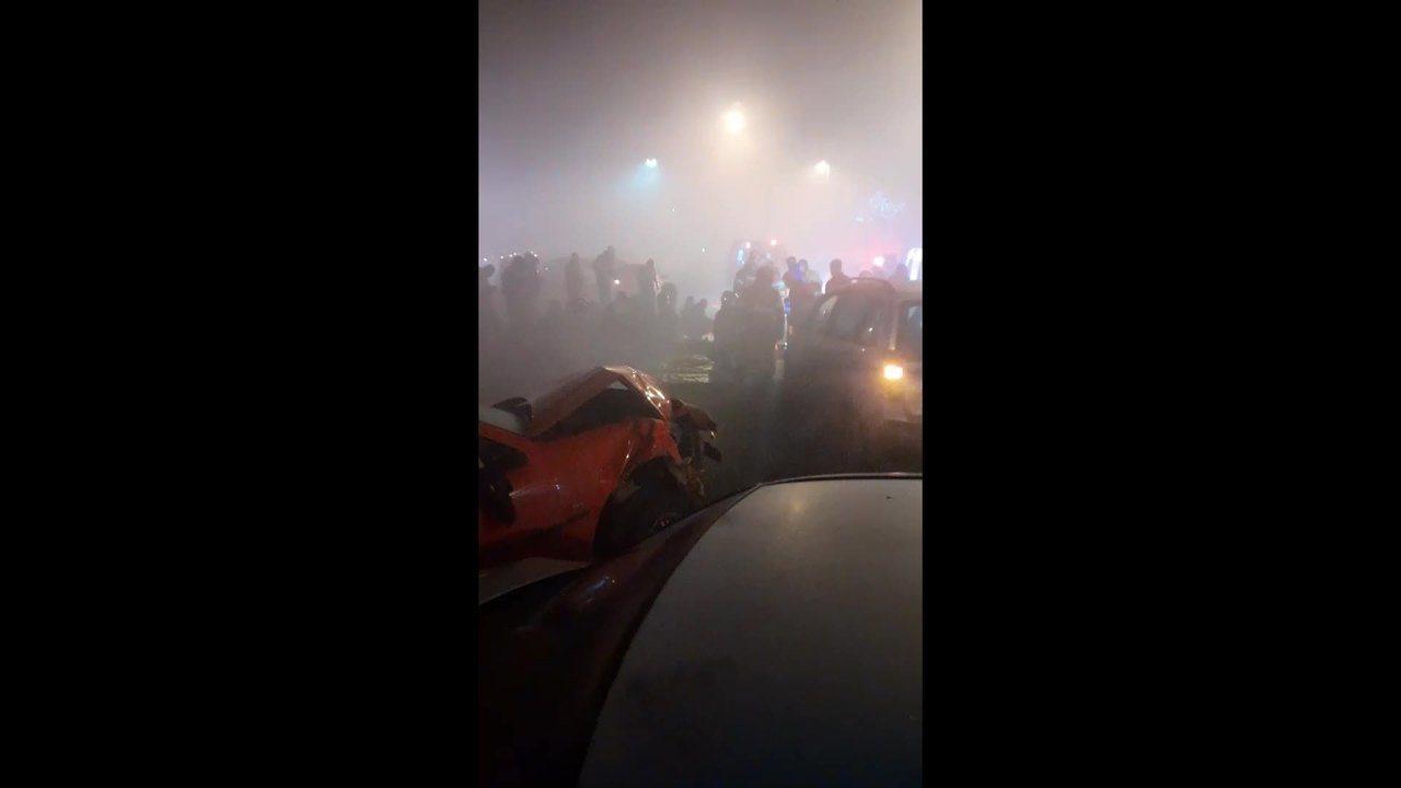 Acidente deixa mortos e feridos na BR-277 (imagens: Gerson Izidorio)
