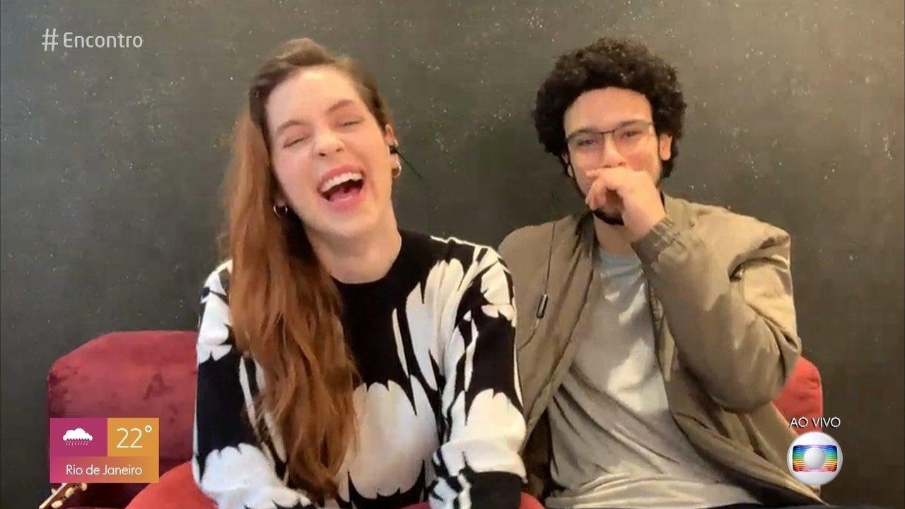Sophia Abrahão brinca sobre casamento com Sérgio Malheiros ao vivo no 'Encontro'