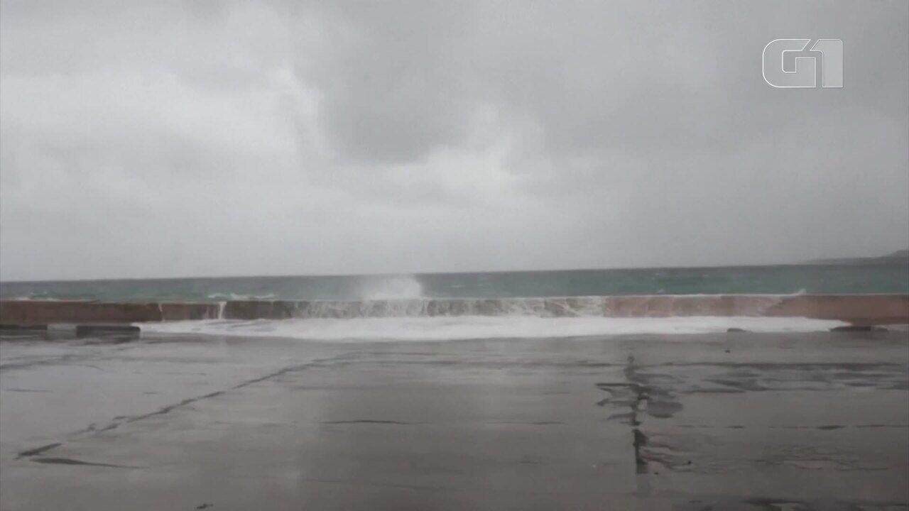 Tempestade tropical Laura provoca ondas e ventos fortes em Cuba