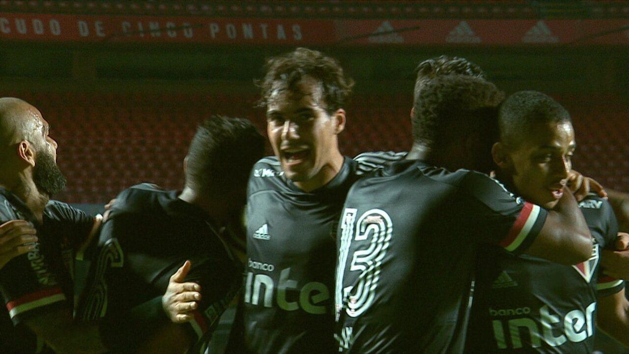 Os gols de São Paulo 3 x 0 Atlético-GO pela 14ªrodada do Brasileirão 2020