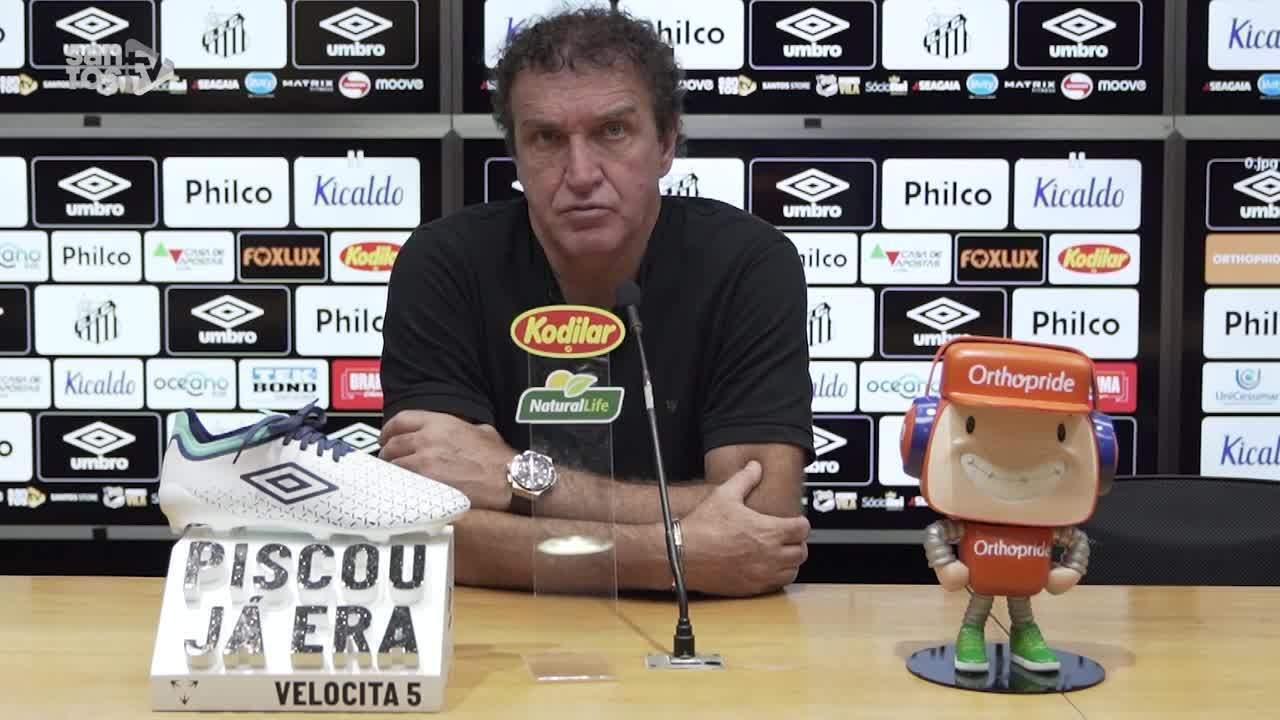 Veja a entrevista do técnico Cuca, do Santos, após a vitória sobre o Grêmio