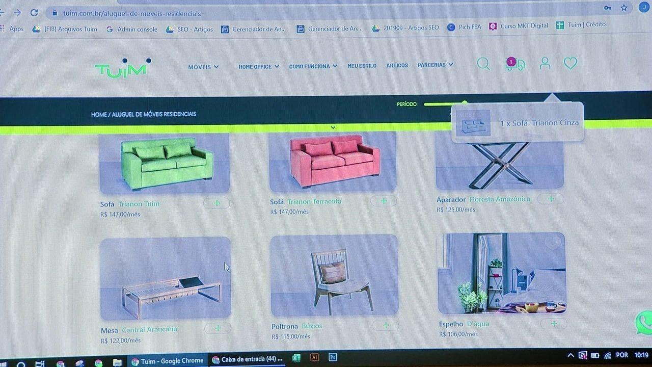 Startup aluga móveis de escritório para trabalhar em home office
