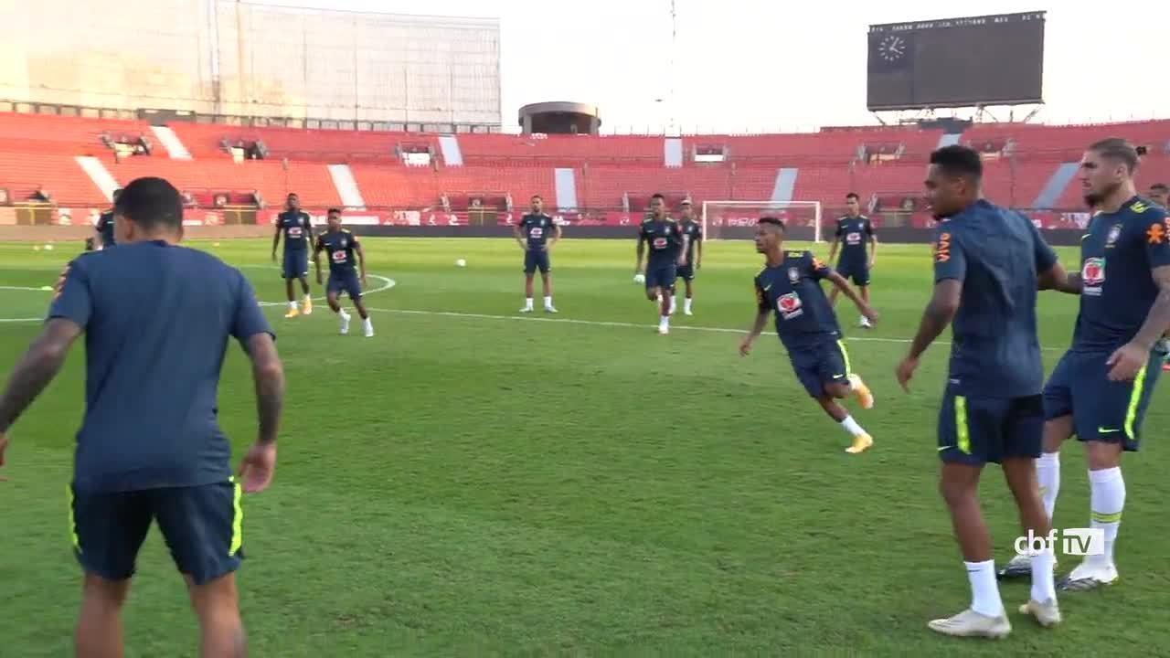 Seleção olímpica faz último treino antes de amistoso com Coreia do Sul