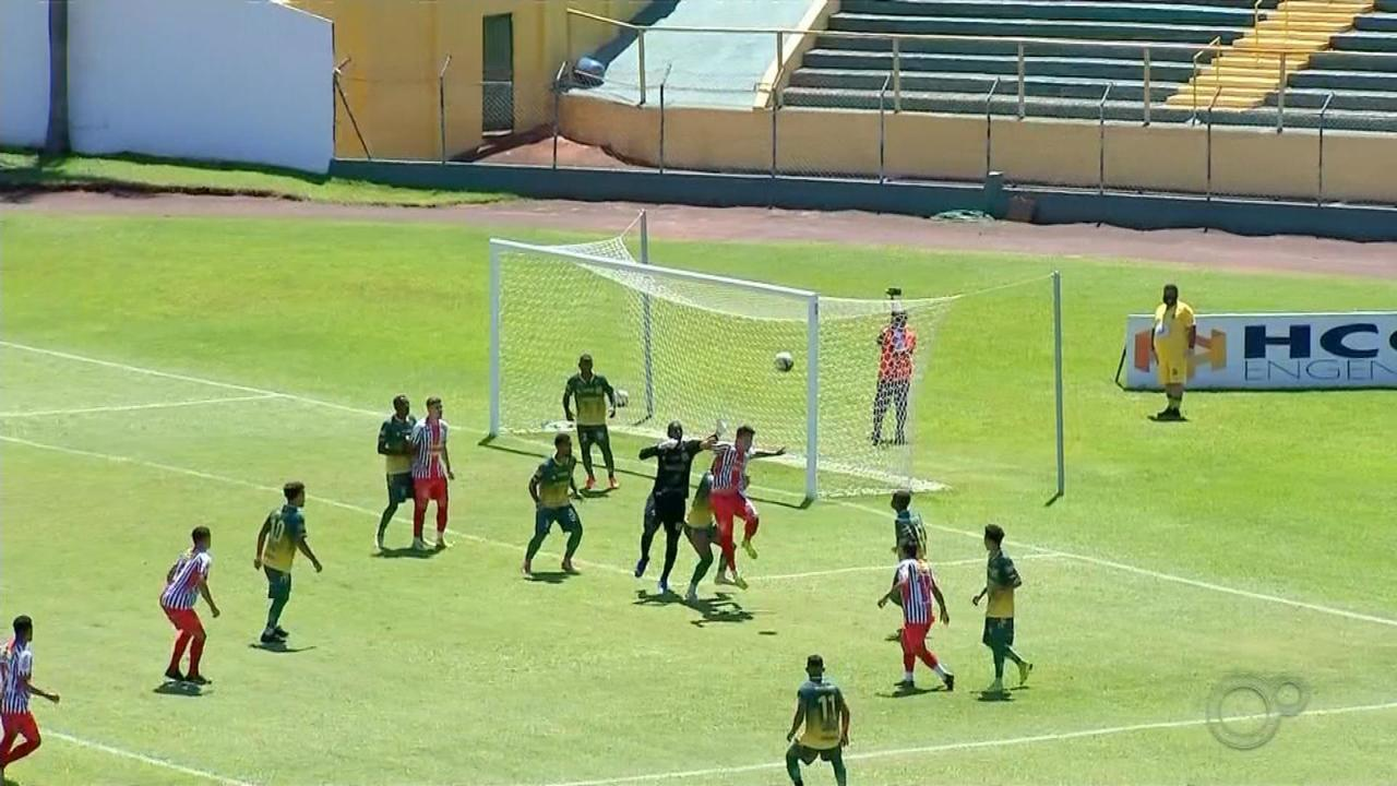 XV de Jaú e Bandeirante empatam no primeiro jogo das oitavas de final da Segundona