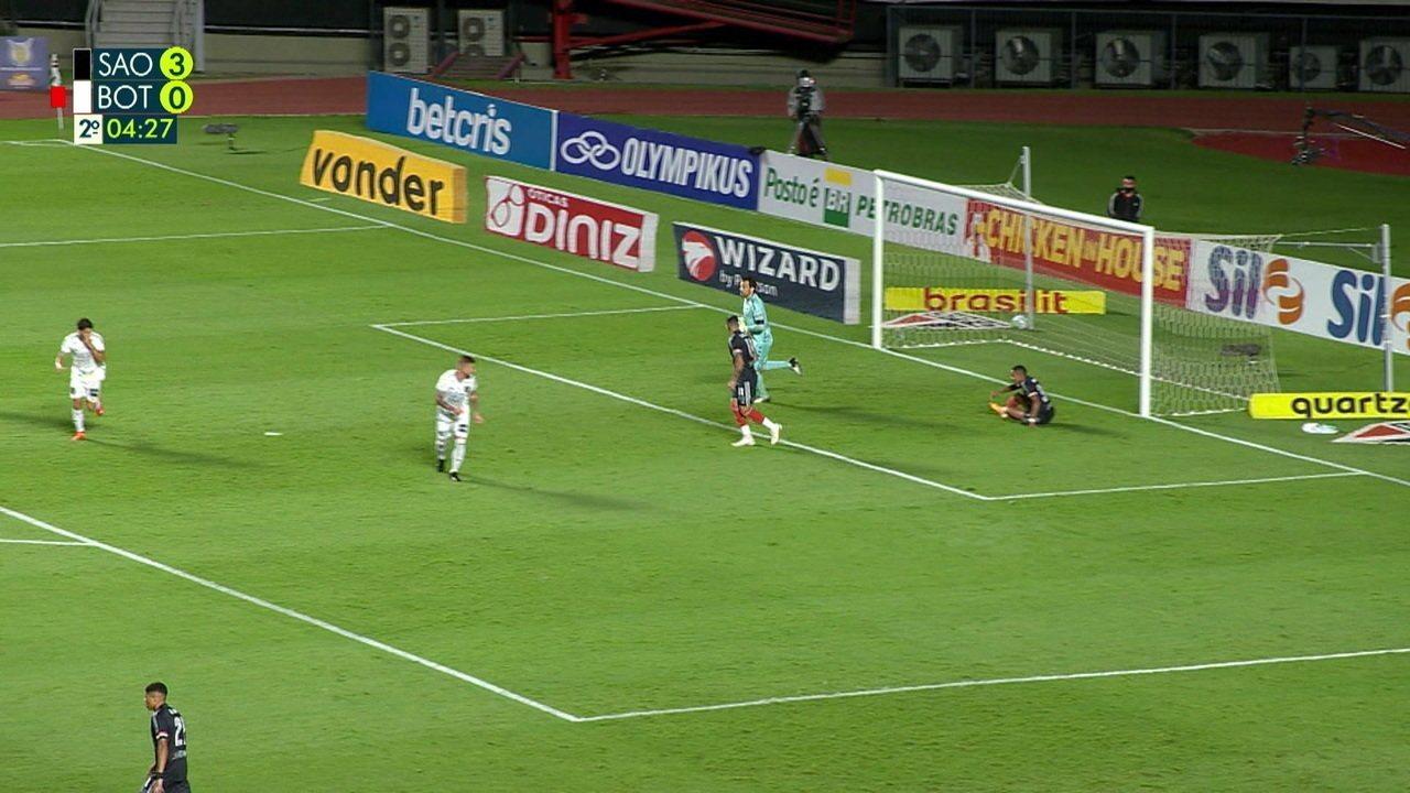 Melhores momentos: São Paulo 4 x 0 Botafogo, pela 18ª rodada do Brasileirão