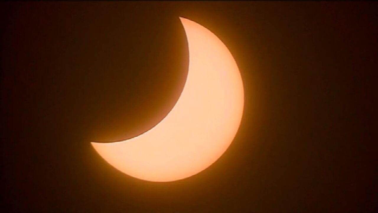 Eclipse solar parcial na América do Sul