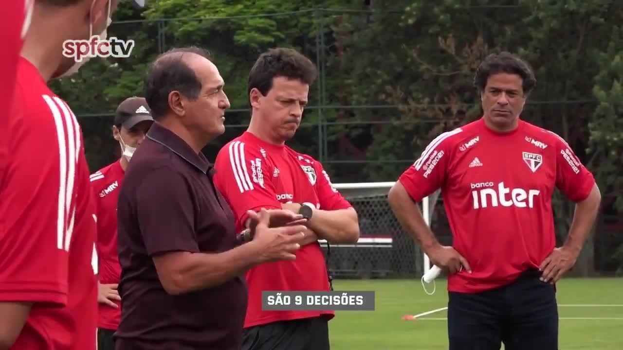 Muricy Ramalho faz reunião com elenco do São Paulo