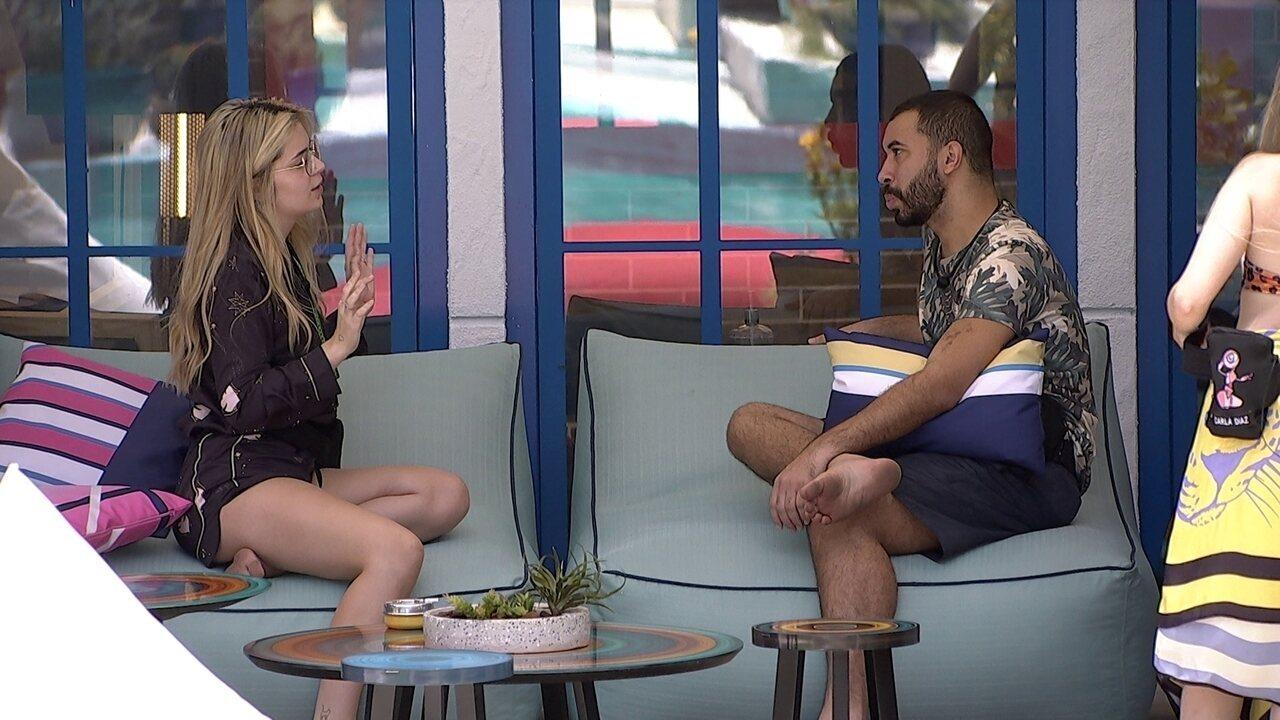 Viih Tube sobre Kerline e Lucas Penteado: 'Eu achei muito esquisito'