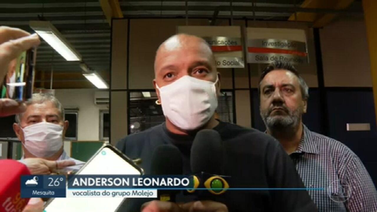 Anderson Leonardo, do Molejo, diz que teve relação consensual com MC que o acusa de estupro: 'Tudo permitido', diz