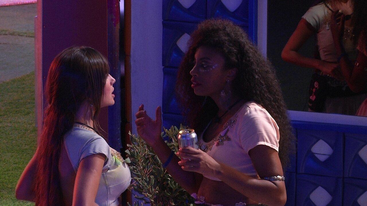 No BBB21, Lumena conversa com Thaís sobre sisters: 'Espero que vocês consigam analisar'