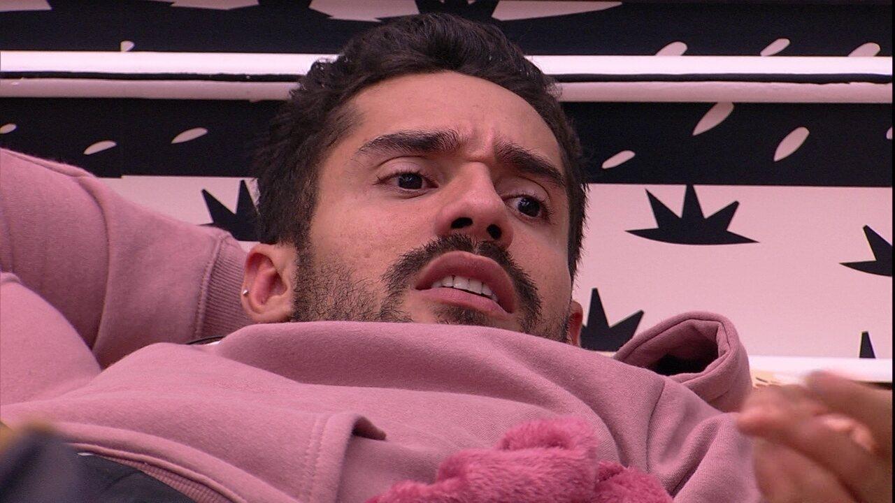 Arcrebiano dispara sobre sister no BBB21: 'Ela quer palco?'