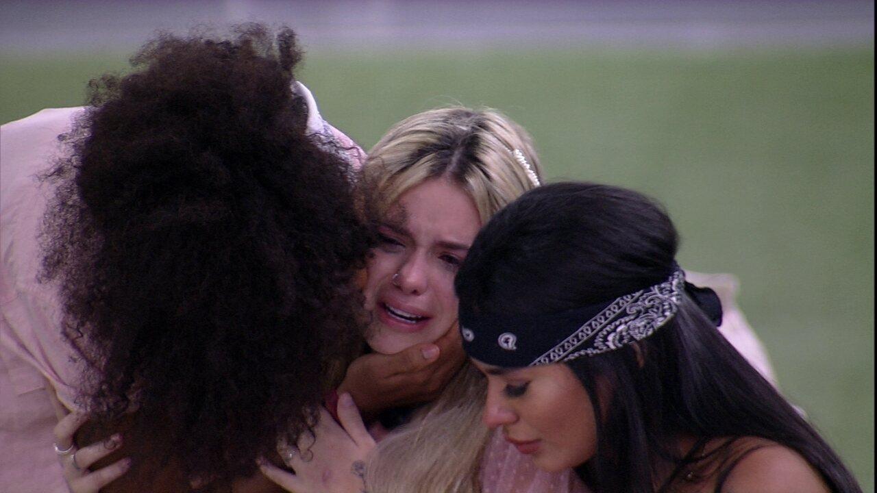 Viih Tube chora ao falar da Eliminação de Nego Di do BBB21