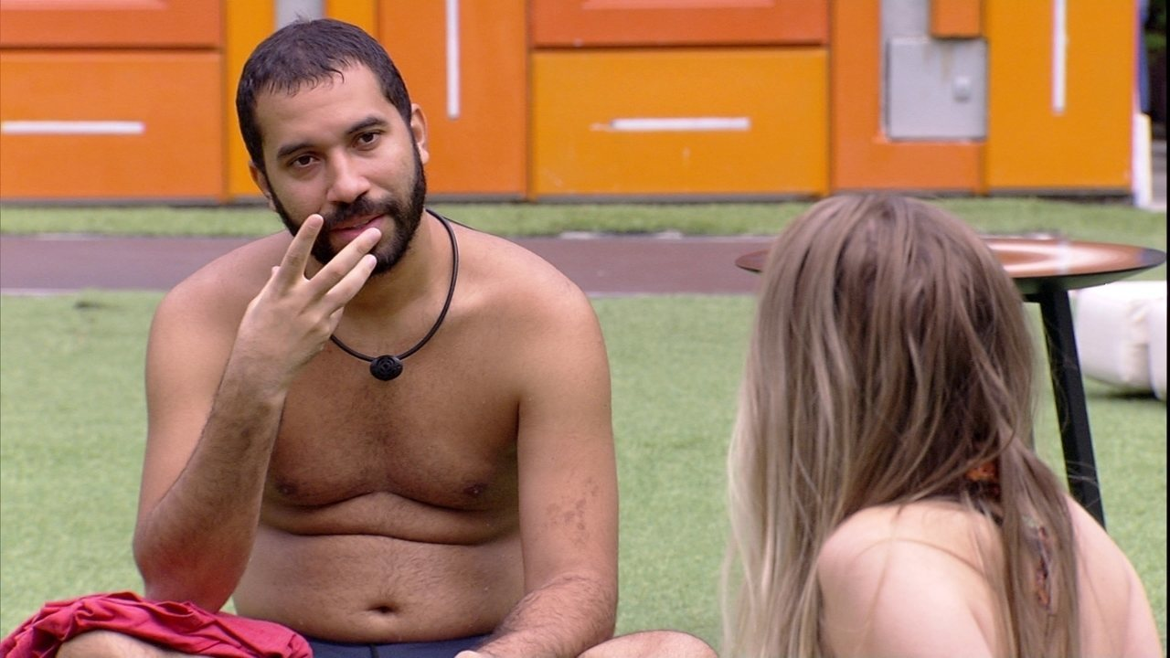Gilberto analisa postura de sister do BBB21: 'Mais séria'