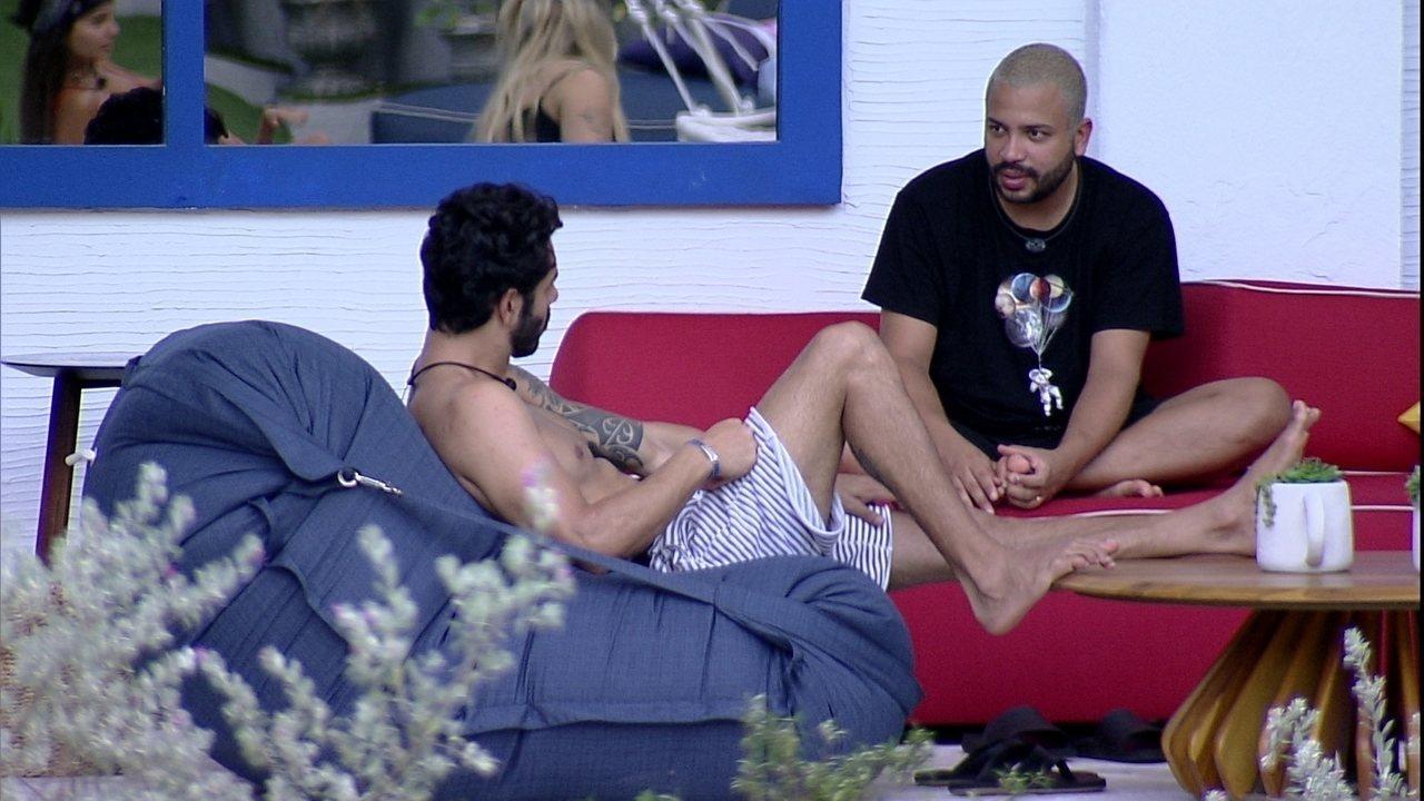 Projota fala sobre Gilberto no BBB21: 'Não queria ir com ele para o Paredão'