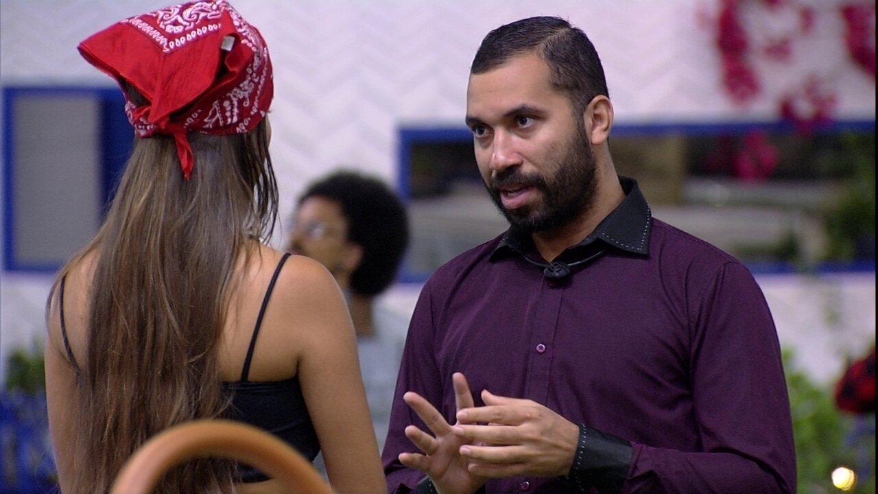 Gilberto fala sobre votos com Thaís no BBB21