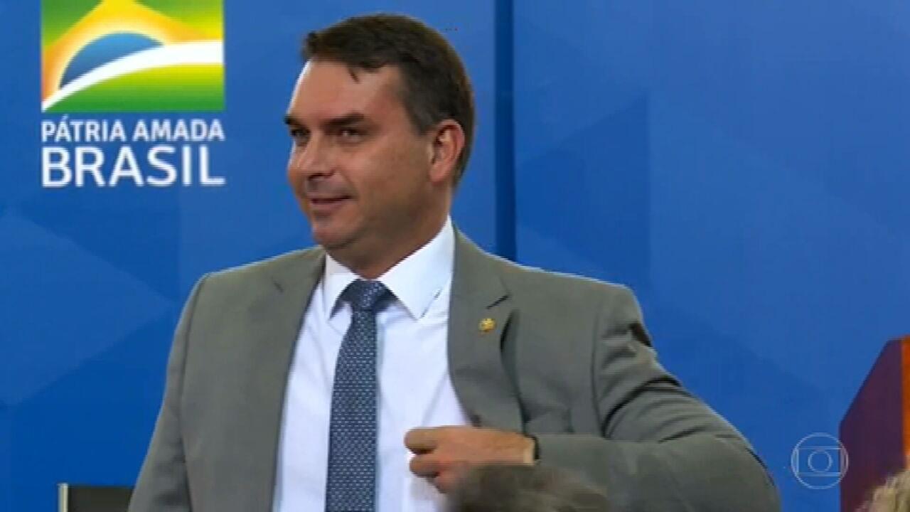 Flávio Bolsonaro sofre duas derrotas no caso das rachadinhas no STJ